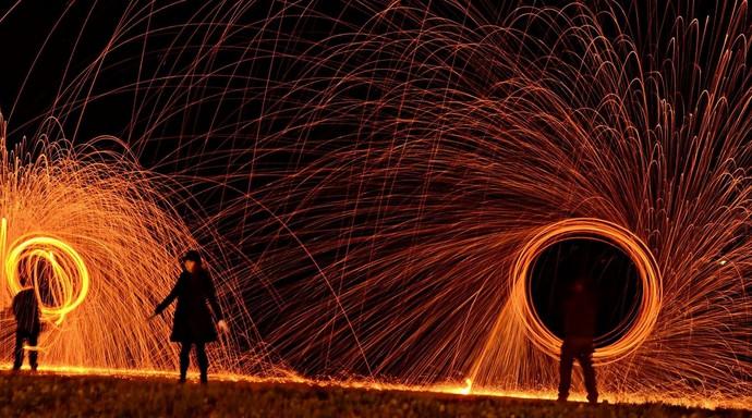 Palha de aço com fogo também pode ser usado na técnica (Foto: Adriano M.A Fotografia/Divulgação)