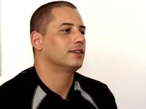 Júnior ficou em estado de choque ao saber que seria pai de cinco bebês (Foto: Reprodução/TV Tribuna)