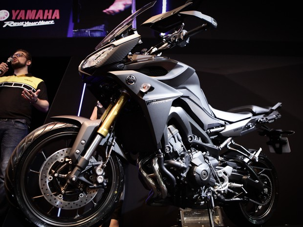 Yamaha MT 09 Tracer é apresentada no Salão Duas Rodas 2015 (Foto: Caio Kenji/G1)