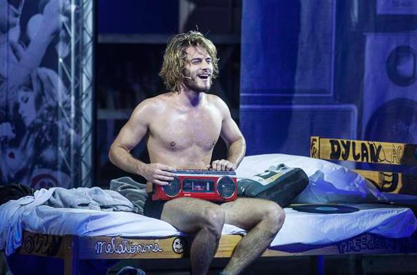Hugo Bonemer como Aleph em Rock in Rio - O Musical (2013) (Foto: divulgação)