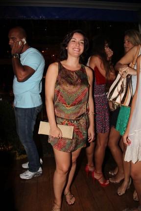 Regiane Alves em restaurante no Rio (Foto: Ricardo Schneider/ Agência Infoco News)