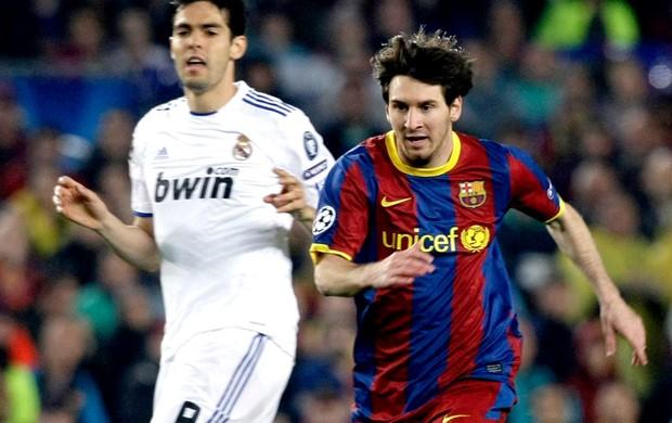 kaká real madrid e Messi barcelona (Foto: Agência Reuters)