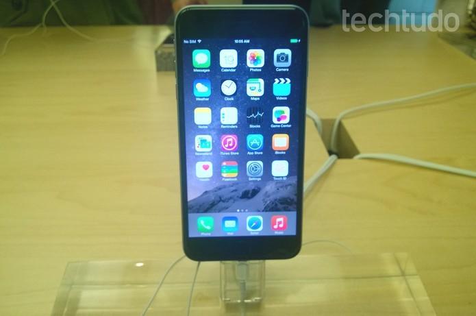 Atualização do iOS 8 apresentou problemas e foi suspensa pela Apple (Foto: Elson de Souza/TechTudo)