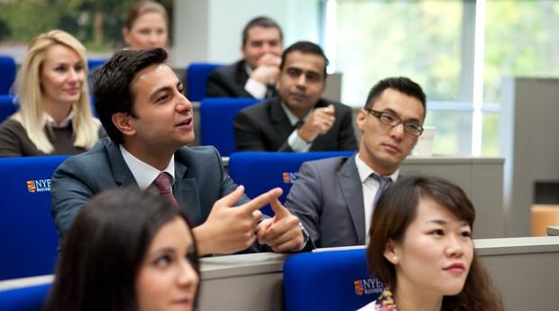 O International MBA acontece no campus de Amsterdã, na Holanda (Foto: Divulgação)