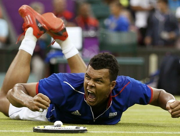 Jo-Wilfried Tsonga t&#234;nis Wimbledon Londres 2012 1r (Foto: Reuters)