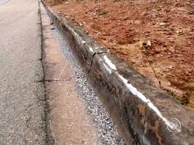 Médico que morreu andando de skate estaria a 70km/h, dizem Bombeiros (Foto: Reprodução/TV TEM)