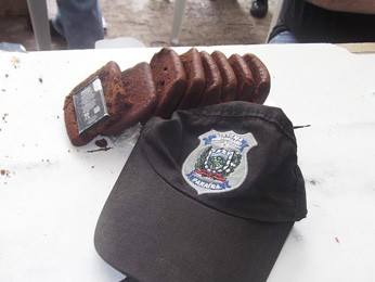Homem tentou entrar em presídio da Paraíba com bateria escondida em sorda (Foto: Divulgação)