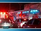 Cinco ônibus são atacados durante a noite na Grande Fortaleza