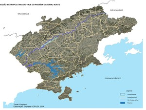O rio Paraíba do Sul abastece 15 milhões de pessoas  (Foto: BBC)