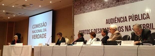Sessão da Comissão Nacional da Verdade sobre a Guerrilha do Araguaia (Foto: Felipe Néri / G1)