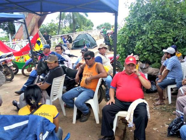 Falta de pagamento pode ter causado protesto de bolivanos  (Foto: Alexandre Lima/Arquivo pessoal)