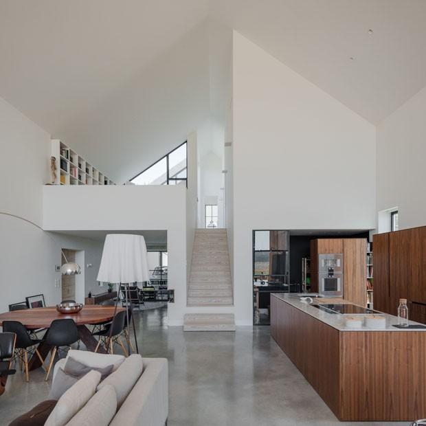 Uma casa portuguesa e minimalista (Foto: Joao Morgado)