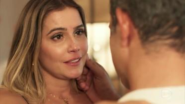 Tânia confessa que gosta de Ricardo
