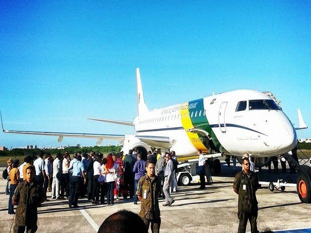 Avião da FAB decolou no Aeroporto Santa Maria (Foto: Ascom/Secom)