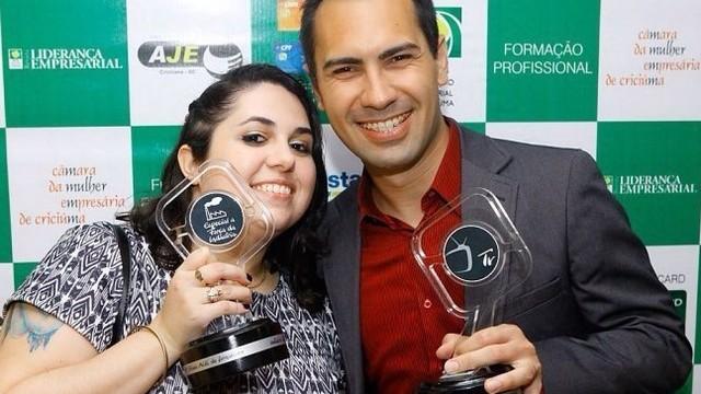 Profissionais do Grupo RBS recebem premiação (Foto: Maykol Cardoso/Divulgação)