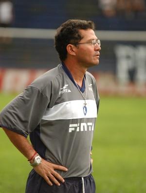 Walter Lima foi técnico da equipe profissional do Remo, em 2005 (Foto: Cristino Martins / O Liberal)