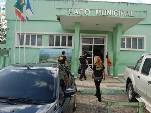 Polícia cumpriu 13 mandados em operação nesta quarta-feira (8) (Foto: Divulgação/ PF-BA)