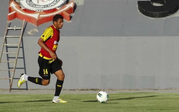 reinaldo sport (Foto: Elton de Castro / GloboEsporte.com)