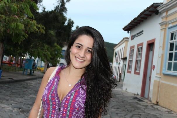 Estudante Raíssa Ribeiro, foi figurante durante as filmagens em outubro. (Foto: Divulgação/TV Anhanguera)