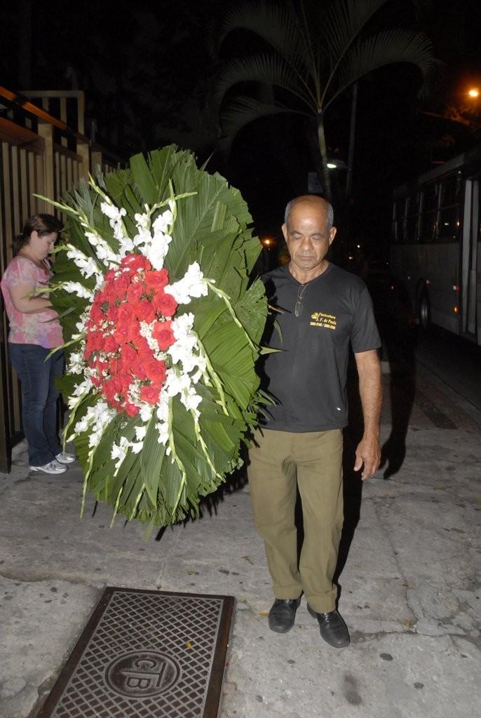 Velório de José Wilker aconteceu no Teatro Ipanema, no Rio de Janeiro (Foto: Roberto Valverde/Revista QUEM)