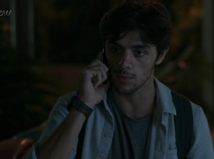 Teaser 15/4 - Jonatas tenta salvar Eliza