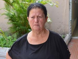 Dona de casa diz que filha saiu para trabalhar (Foto: Tassio Andrade/G1)