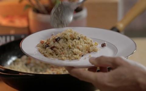 Farofa de arroz: receita do Rodrigo Hilbert