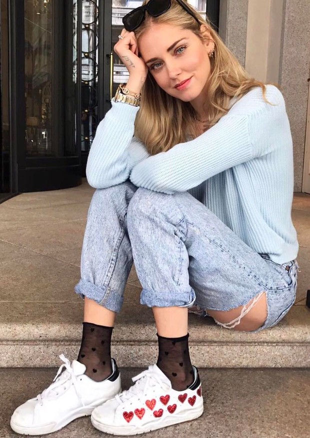 Jeans rasgado no Bumbum - Chiara Ferragni (Foto: Reprodução Instagram)