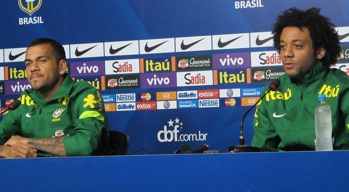 marcelo daniel alves coletiva seleção brasileira (Foto: Richard Souza)