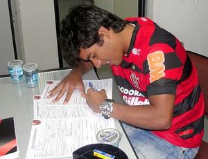 Yago, que saiu do Vasco para o Fla (Foto: Rafael Cavalieri / Globoesporte.com)
