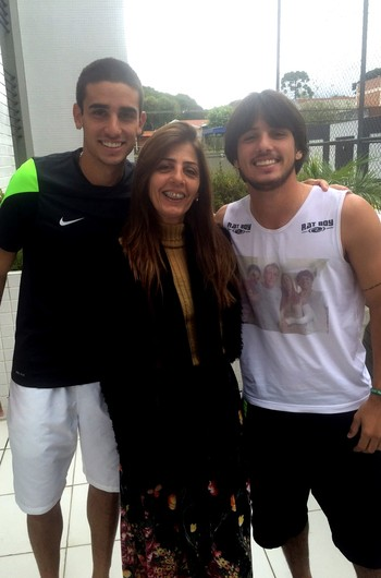 Thiago Galhardo Coritiba e família (Foto: Ana Helena Goebel)
