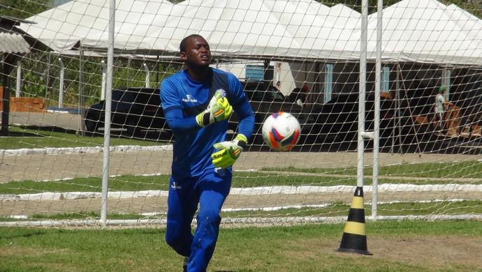 Jeferson csa (Foto: Viviane Leão/GloboEsporte.com)