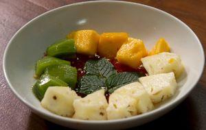 Salada de frutas com açúcar de pimenta