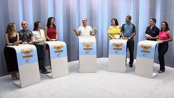 Quatro duplas participaram do 'Quiz Combinado' (Foto: TV Sergipe)