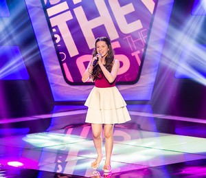 A representante do Paraná mostrou maturidade vocal no palco do The Voice Kids (Foto: Isabella Pinheiro/Gshow)
