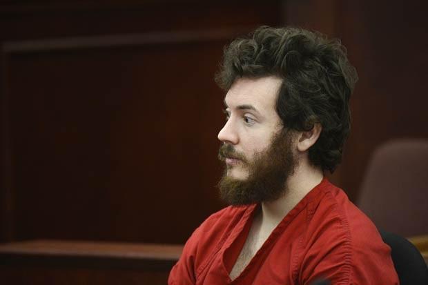 O atirador James Holmes no tribunal em Centennial, no estado americano do Colorado, nesta terça-feira (12) (Foto: AP)