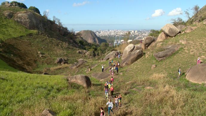 Trilha leva até uma vista geral de Vitória (Foto: Divulgação / TV Gazeta ES)