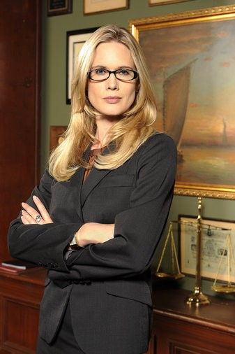 Alexandra Cabot (Stephanie March) (Foto: NBCUniversal)