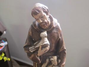 Santo também é considerado um mensageiro da paz (Foto: Mariane Rossi/G1)