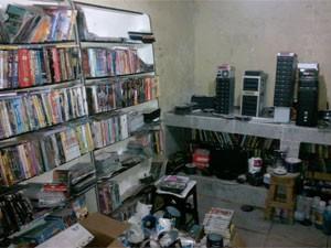 Dez mil CDs e DVDs foram encontrados (Foto: Divulgação/Polícia Civil)