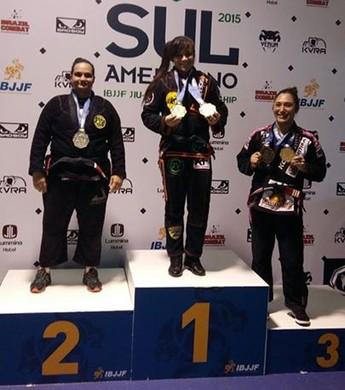 Fafá Pereira vence peso e absoluto no Sulamericano de Jiu-Jítsu (Foto: Divulgação)