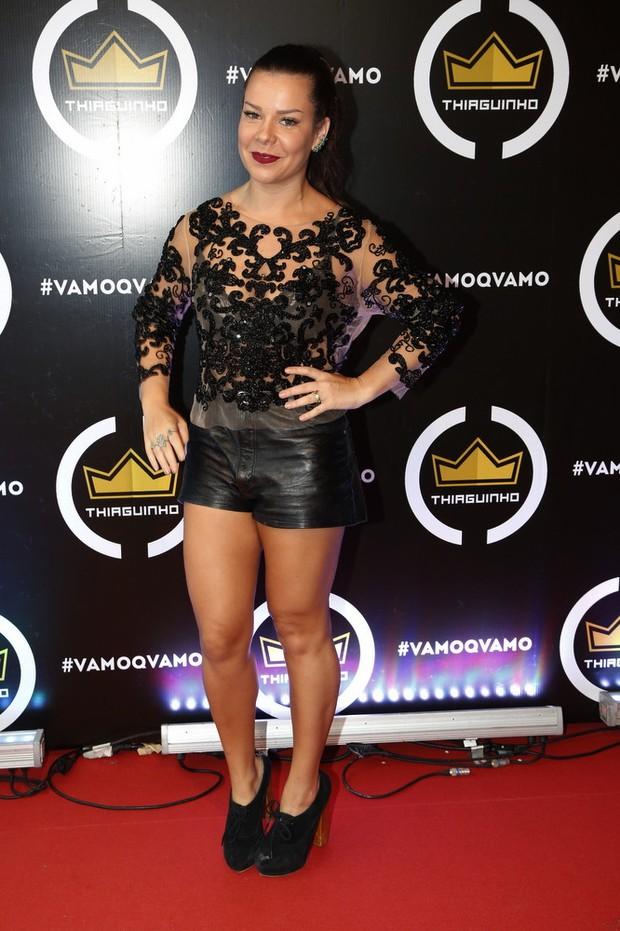Fernanda Souza no show do marido, Thiaguinho (Foto: Ag. News)
