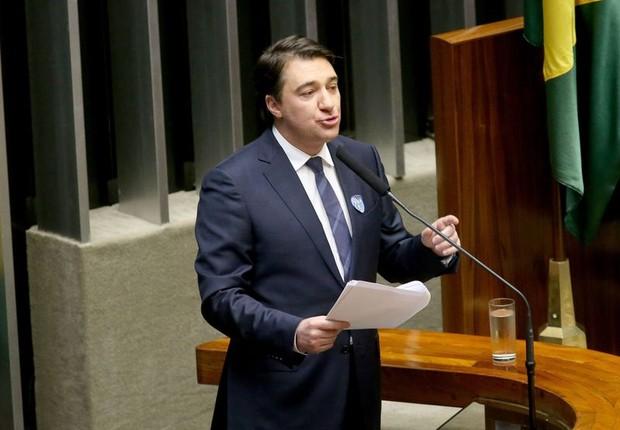Fernando Giacobo discursa na sessão plenária para eleição do novo presidente da Câmara dos Deputados (Foto: Wilson Dias/Agência Brasil)