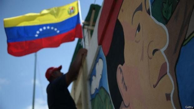 Imagem de Chávez se fortaleceu mais após sua morte (Foto: Getty)