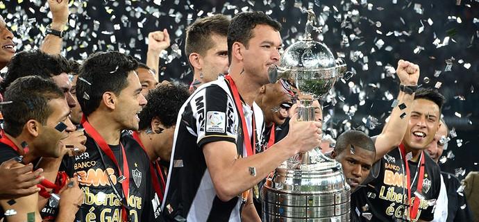 Réver taça Libertadores festa Atlético-MG (Foto: AFP)