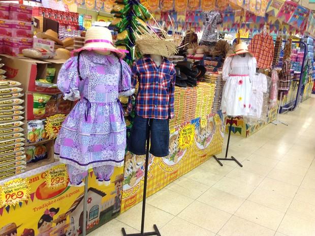 0b88c0ed3b Produtos juninos já são encontrados em supermercados de Mogi das Cruzes  (Foto  José Maria