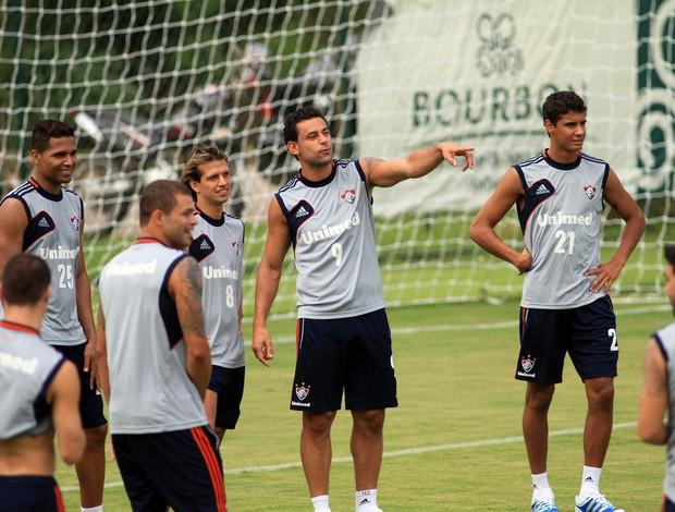 Fred no treino do Fluminense em Atibaia (Foto: Denny Césare / Photocamera)