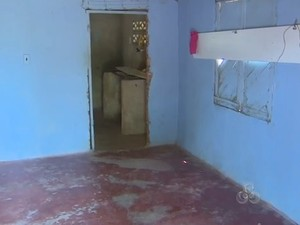 Casa onde vítima em Macapá foi violentada não possuía móveis (Foto: Reprodução/TV Amapá)