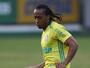 Defesa pede suspensão de punição preventiva para Arouca voltar a jogar