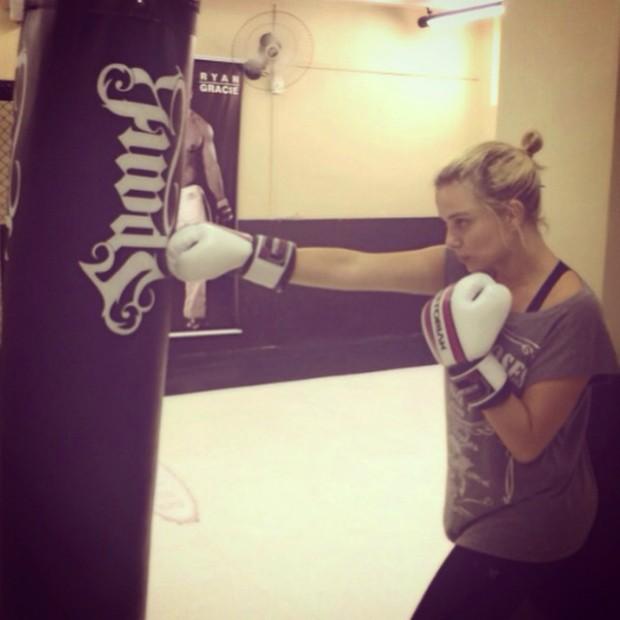 Loirinha do mal: Natallia Rodrigues diz que boxe é sua terapia